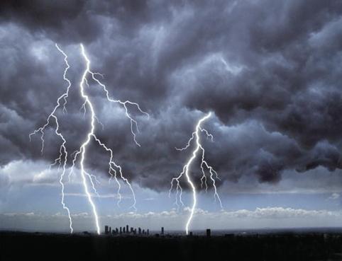 Pronostican para hoy chubascos y tormentas eléctricas en gran parte del país