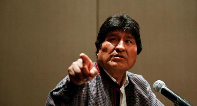 Evo Morales llega a Argentina invitado por su nuevo presidente
