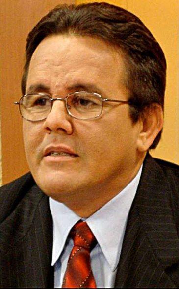 Tito Hernández revela que Abinader marca distancia frente a funcionarios agropecuarios