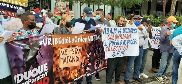 Maestros dominicanos en solidaridad con el magisterio y pueblo colombiano