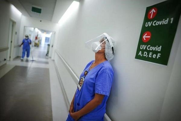 Ministerio Salud  reporta dos defunciones  y 858 casos nuevos por Covid
